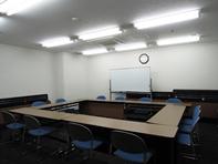 合同体験室と資格セミナーを行う教室の写真